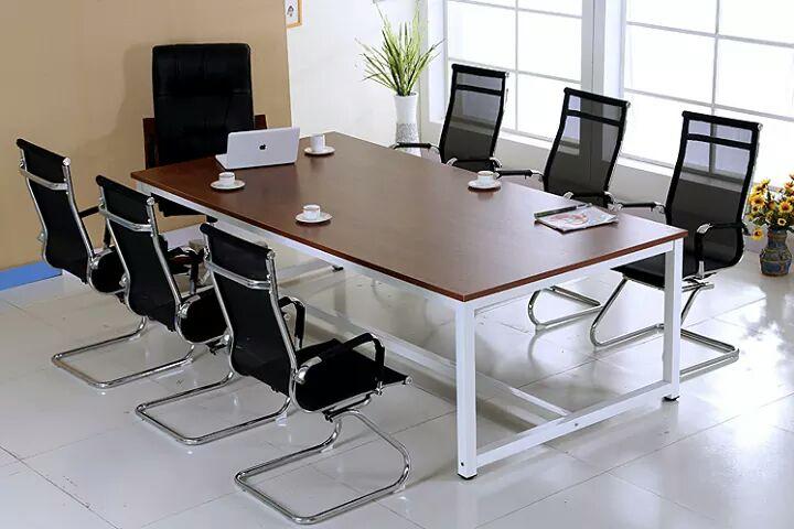 Vài lưu ý khi lựa chọn bàn họp văn phòng